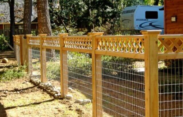 How to Build a Welded Wire and Wood Fence