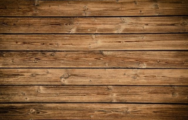 how to dry water under wood floors
