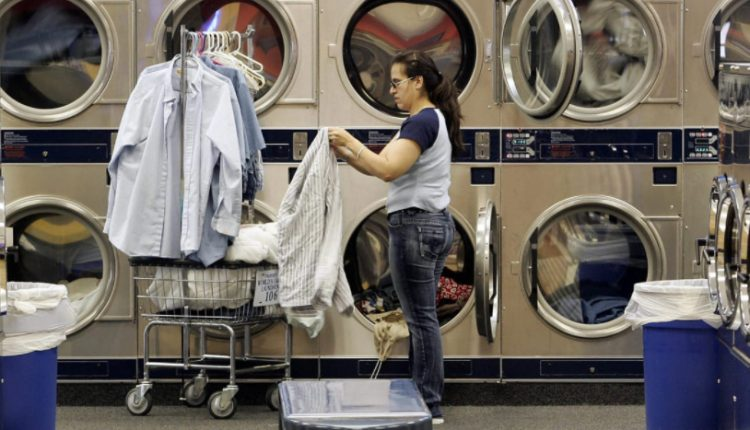 How Much to Pay Someone to Do Laundry